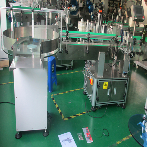 यहां मशीनें अंतिम उत्पाद शिपिंग के लिए तैयार हैं